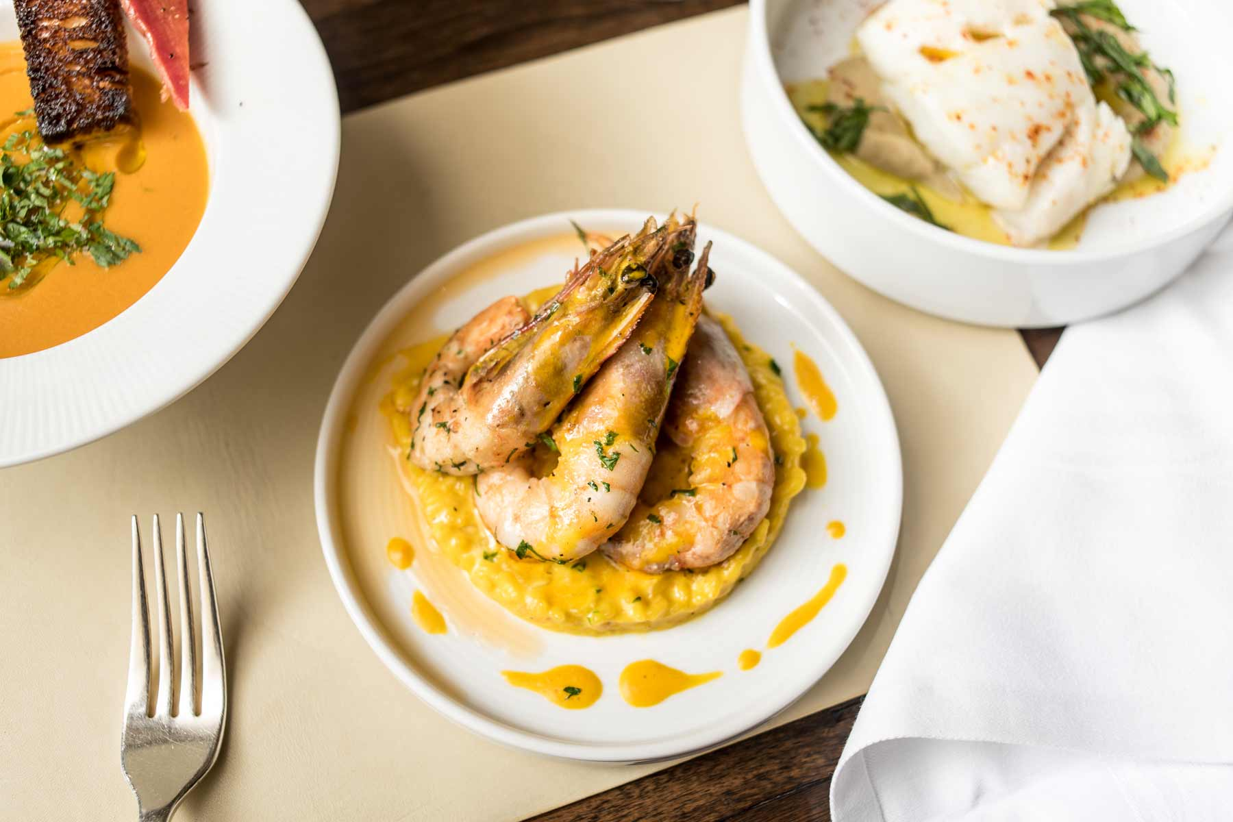alhambra-restaurant-in-Washington-dining